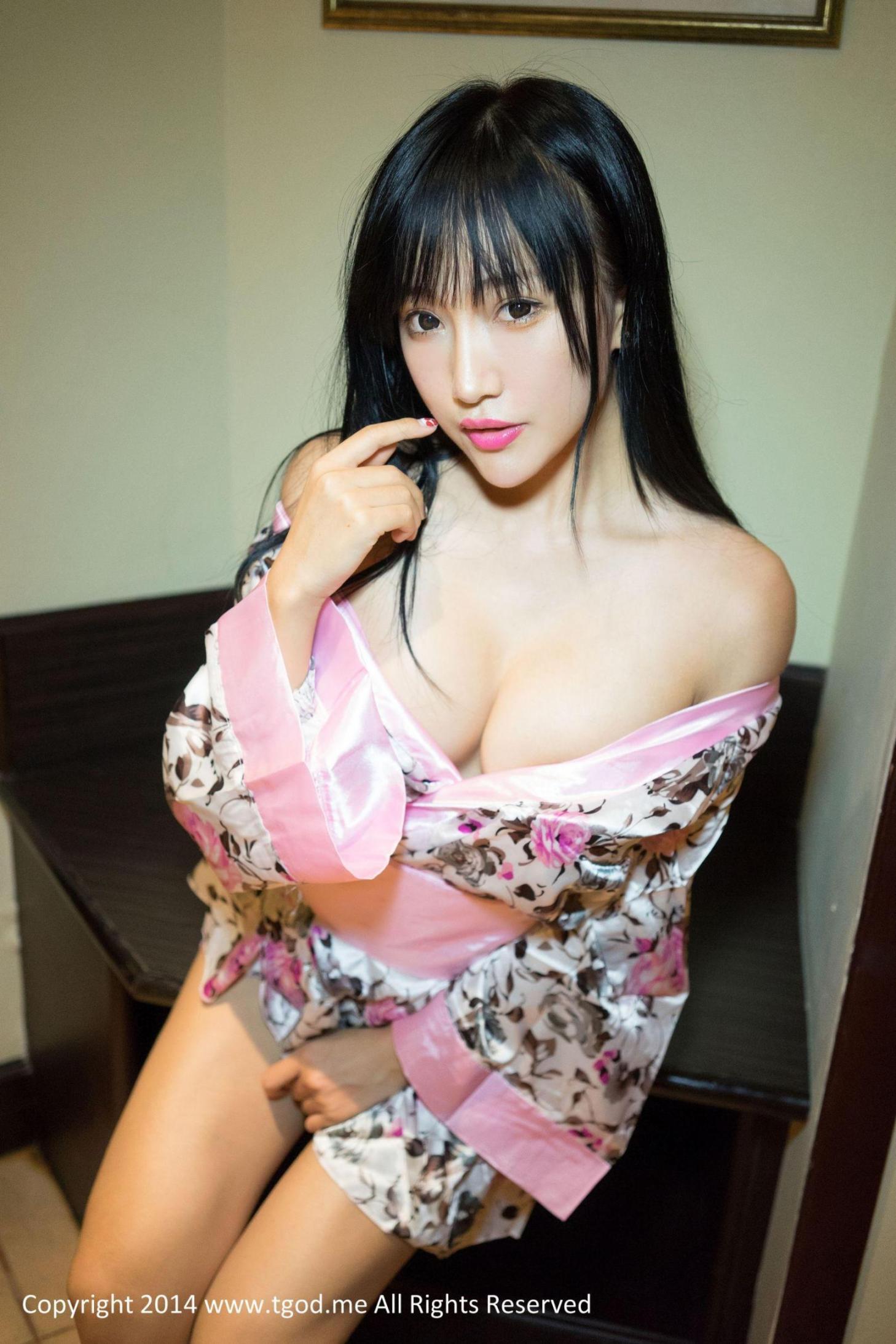 [推女神] 杨上萱 沙巴旅拍 高清写真套图
