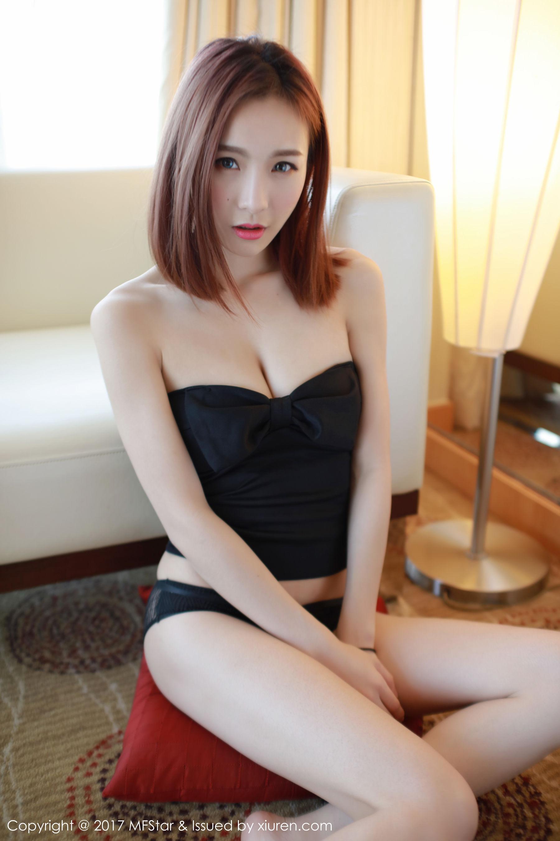 [嗲囡囡] 徐子睿 柔情似水的气质型美女 高清写真套图