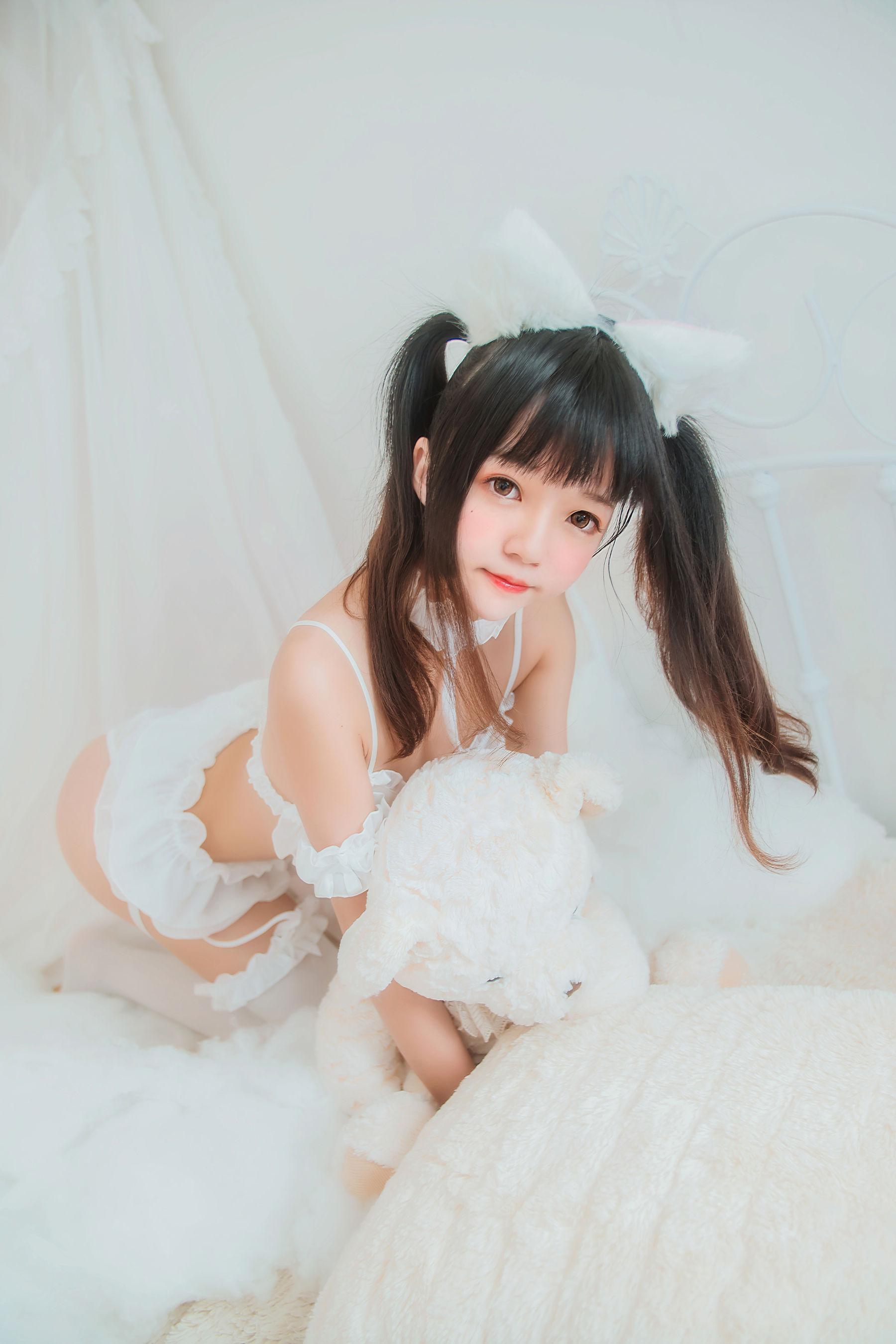 [网络美女] 桜桃喵 白猫 高清写真套图