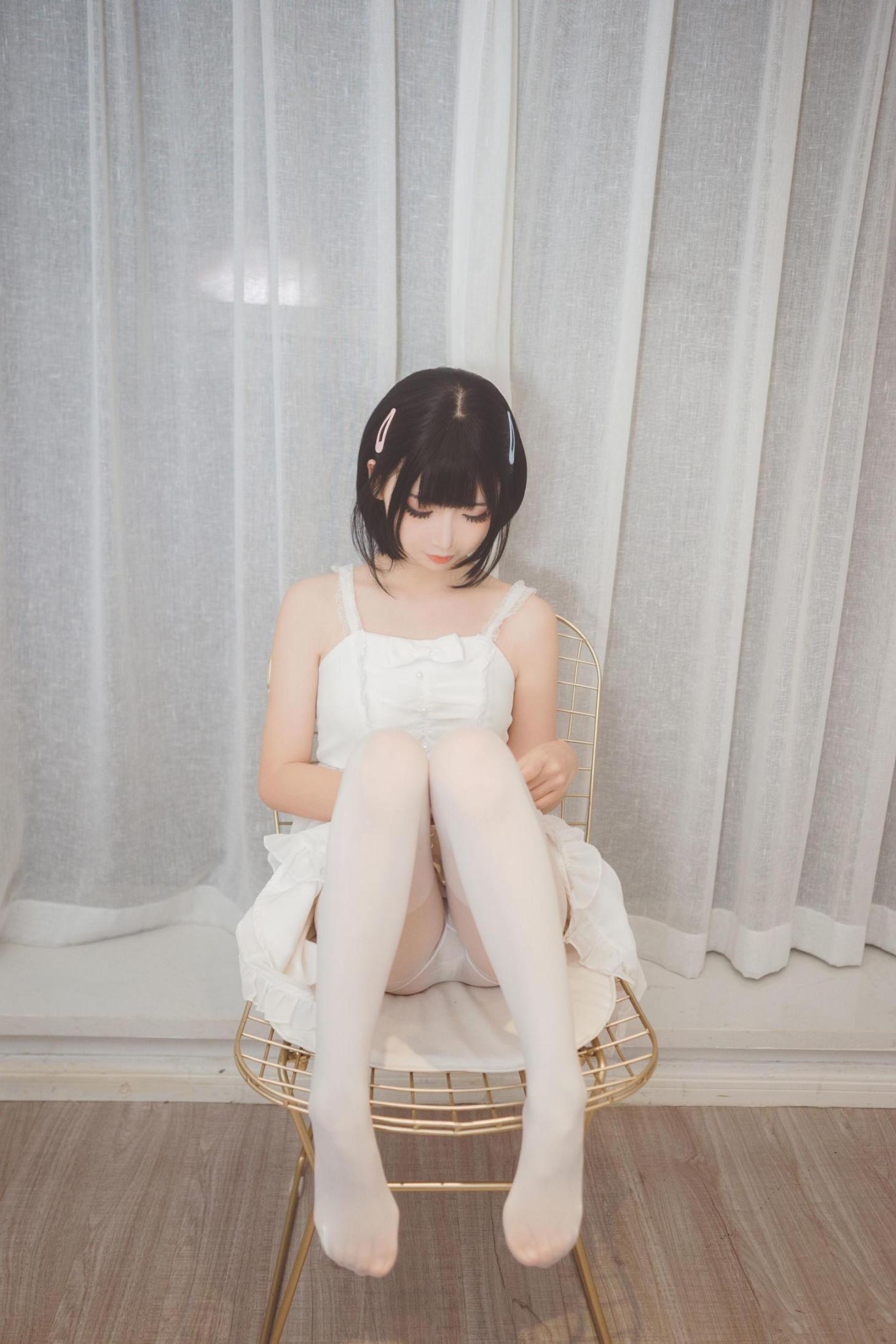 [网络美女] 面饼仙儿 白色空间 高清写真套图