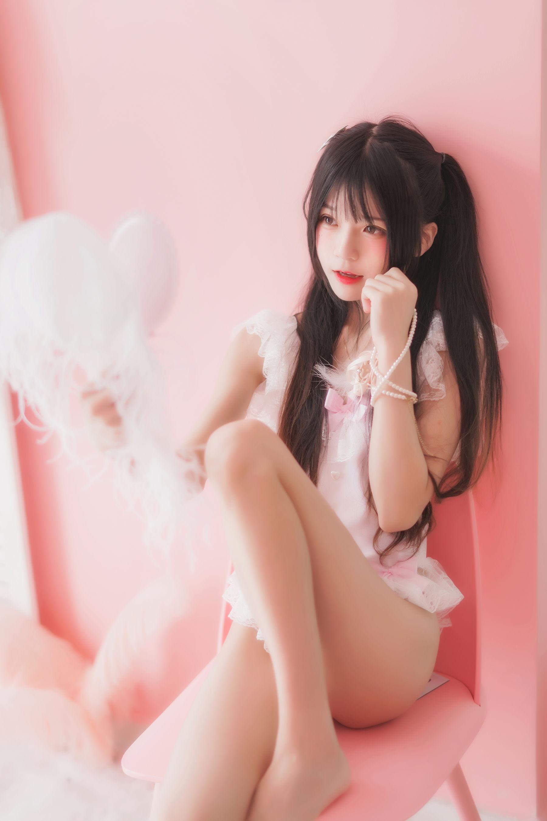 [网络美女] 桜桃喵 粉色浴缸 高清写真套图